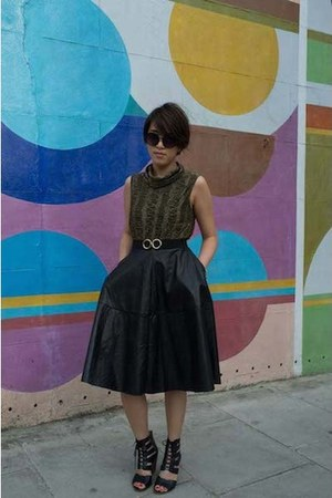 Beyond Retro glasses - Dahlia skirt - Beyond Retro top - Nine West heels