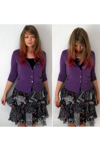 amethyst George cardigan - black Primark t-shirt - dark gray Debbie Shuchat from