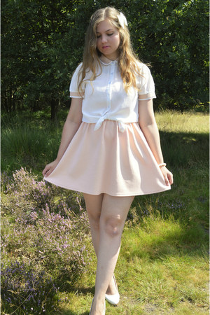 white heels - peach dress - white blouse - white hair accessory - white bracelet