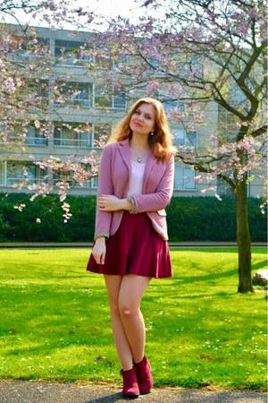 maroon boots - pink blazer - light pink top - maroon skirt - light pink necklace