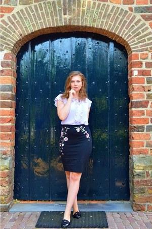 periwinkle top - black skirt - black bracelet