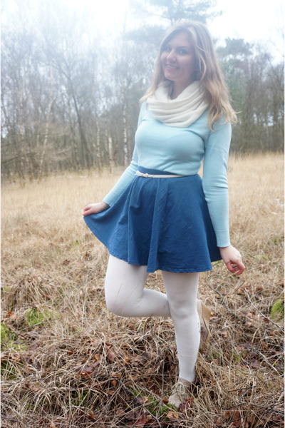 white tights - sky blue sweater - white scarf - blue skirt - beige wedges