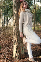 white jeans - off white sweater - white scarf - beige wedges - beige cardigan