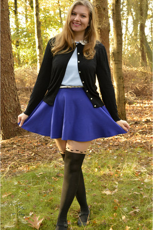 blue skirt - black tights - light blue top - black pumps - white belt