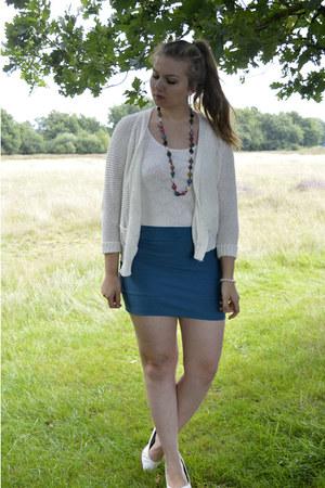 white bracelet - white pumps - turquoise blue skirt - white top