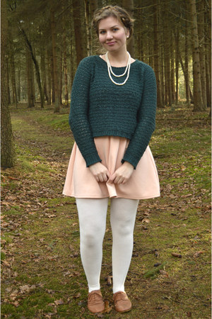 forest green sweater - bronze shoes - peach dress - white tights