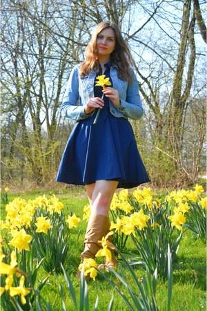 bronze boots - navy dress - sky blue denim jacket