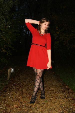 black lace tights - red dress - black necklace - black pumps - black belt