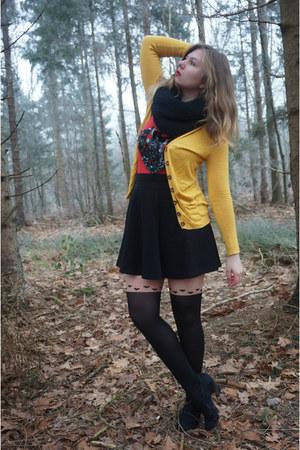 black tights - black scarf - black skirt - red top - gold cardigan