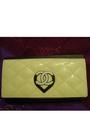 Chanel-purse