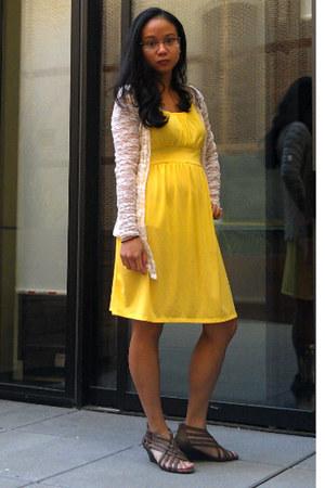 yellow sleeveless Mi Manchi dress - peach lace ModLand Paris cardigan