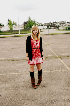 red dress - brown boots - black cardigan - brown accessories