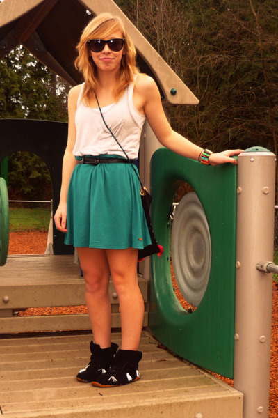 green ROOTS skirt - black shoes - black purse - silver Bluenotes shirt - black b