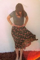 black vintage skirt - dark gray Mossimo shirt