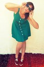Teal-vintage-dress-black-no-name-sunglasses