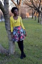 black New Yorker boots - red New Yorker skirt - yellow Camaïeu blouse