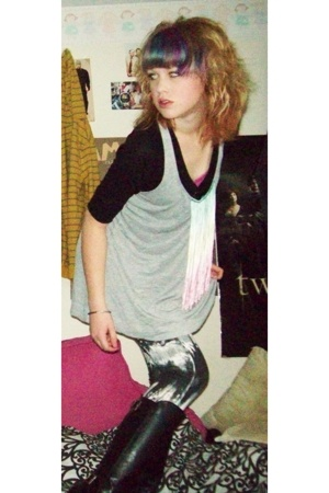 Urban Outfitters top - sweater - forever 21 top - forever 21 leggings