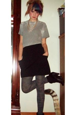 American Apparel t-shirt - American Apparel skirt - Express tights
