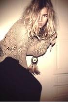 beige necklace - black H&M skirt - beige vintage blouse