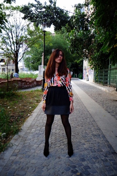 black dotted Veneziana tights