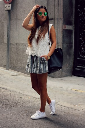 heather gray stripes Zara shorts - H&M top