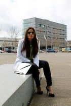 off white Zara blazer - silver Zara bag - black Zara pants - black Zara heels