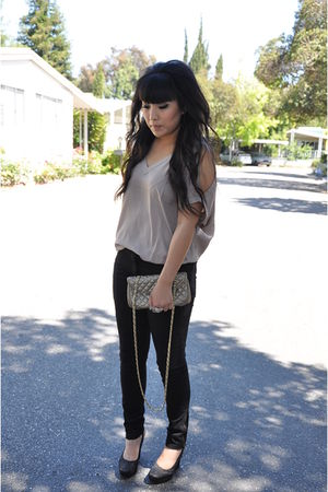 beige Forever21 top - black H&M pants - black Alice & Olivia shoes - beige vinta