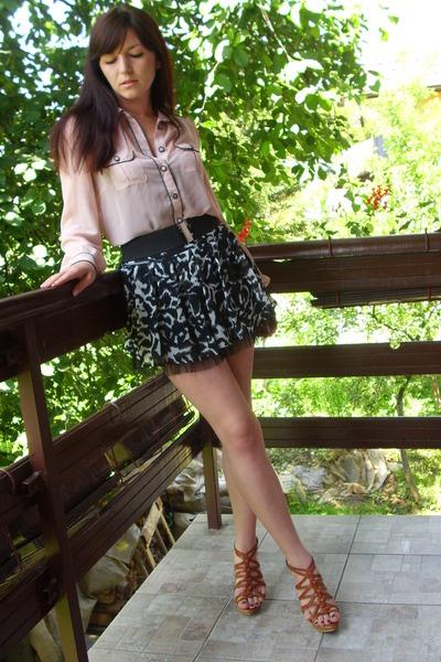 Zara blouse - New Yorker skirt - Retro shoes