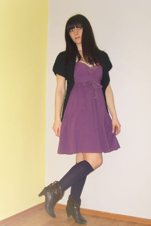 purple Zara dress - Mango cardigan - NewYorker stockings - Retro boots