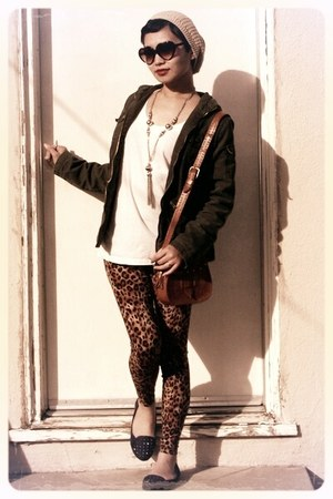 army green cargo Mossimo jacket - bronze leopard print Forever 21 leggings