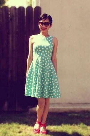 aquamarine polka-dot Xhileration dress - camel No name brand - Vintage purse
