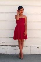 red strapless Lulus dress - beige peep-toe Nine West pumps