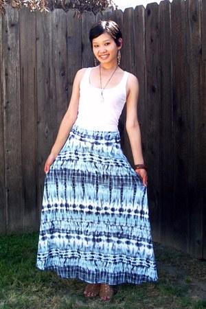 blue tie-dye maxi Mona B skirt - camel gladiator wild diva sandals