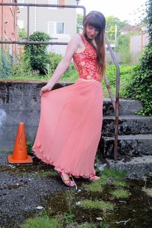 light pink vintage skirt - coral floral shirt free people top