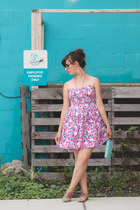 camel thrifted shoes - bubble gum floral dress dress - aquamarine clutch bag