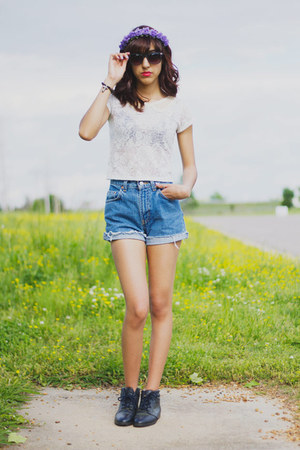 navy vintage boots - sky blue vintage denim shorts - black glasses