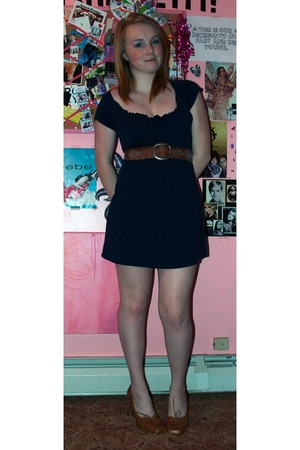 H&M dress - abercrombie and fitch belt - Maxstudio shoes