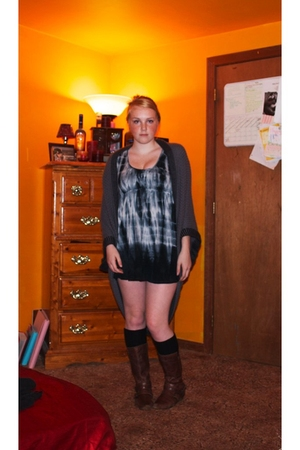 Forever 21 sweater - Forever 21 dress - Target stockings - Bakers boots
