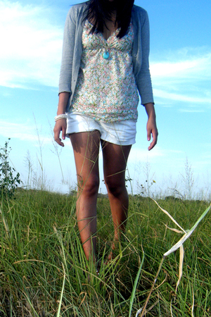 gray Wet Seal cardigan - blue Forever 21 necklace - white Charlotte Russe bracel