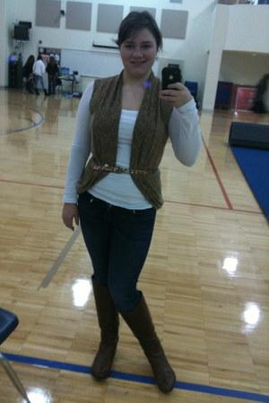 dark brown boots - jeggings Jessica Simpson jeans - bronze banana republic belt