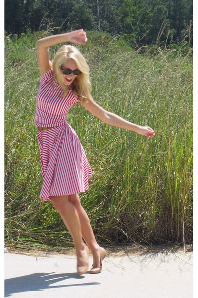 red Shabby Apple dress - nude Antonio Melani flats