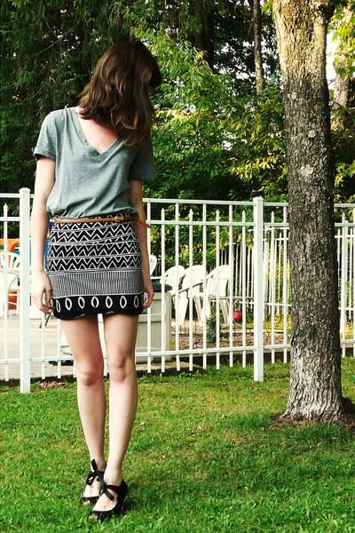 Target t-shirt - BDG skirt - poetic licence shoes - vintage belt