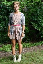 vintage boots - H&M dress - Forever21 cardigan - vintage belt