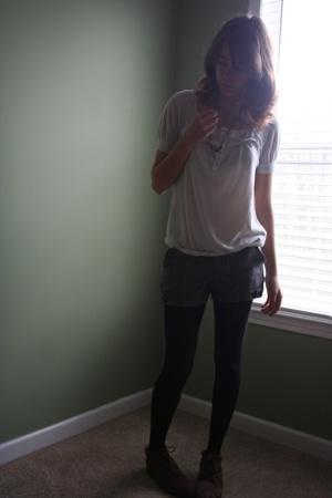 shirt - shorts - - shoes