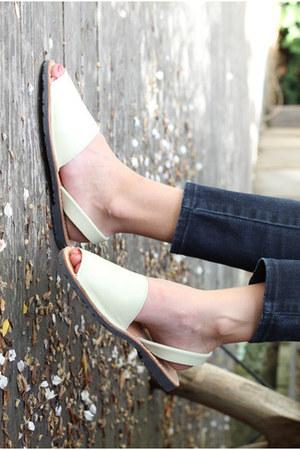 La Sambuca sandals