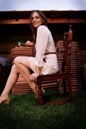 H&M blouse - Lady Carla BsAs wedges - vintage belt - Michael Kors watch