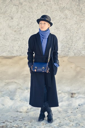 handmade scarf scarf - long Incity coat - bowler flea market hat