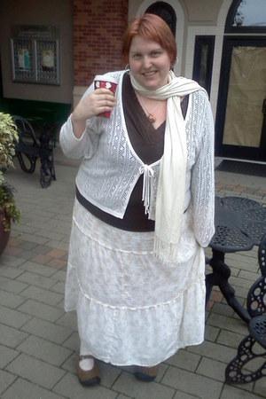 unsure scarf - Keen shoes - Lane Bryant shirt - Classic Elements Woman skirt