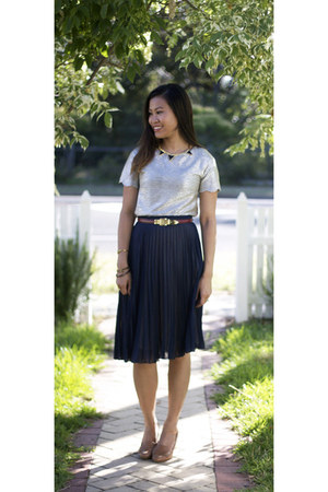 navy pleat Topshop skirt - tawny Topshop belt - gold River Island top