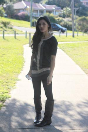 gray tunic Asha dress - dark brown pointed boots Donna Velenta boots